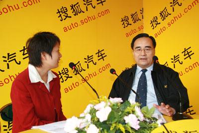凌玉章:汽车工业需要的三级跳