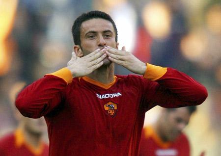 图文:罗马7-0卡坦尼亚 帕努奇梅开二度