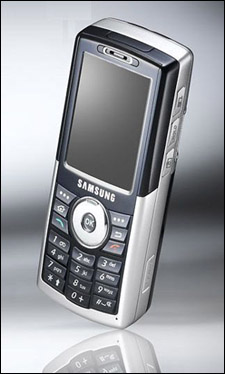 点击查看本文图片 三星 SGH-i308 - 代替MP3就现在 专业音乐播放手机导购