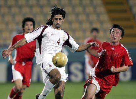 图文:热身赛国奥0-2负卡塔尔 王永珀力不从心