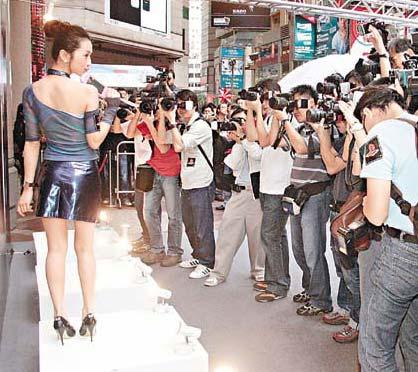 韩君婷沉迷于游戏机 董敏莉师弟藏毒已被捕(图)