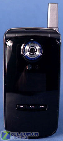 低端翻盖音乐效仿诺5200 LG-CE200曝光