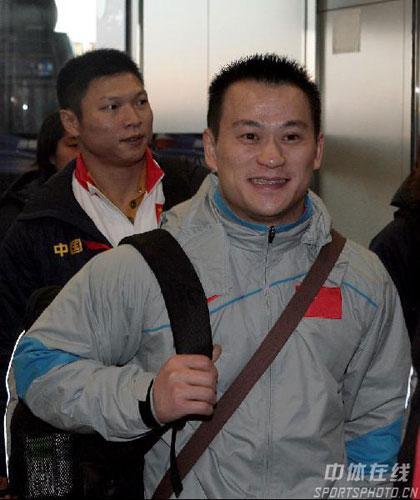 图文:12支运动队同赴多哈 张国政面露微笑