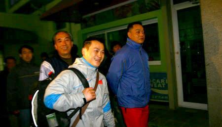 组图:举重队出征多哈亚运会 张国政期盼亚运会
