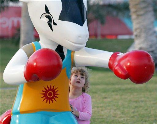 图文:多哈亚运会日益临近 吉祥物奥利诡异造型