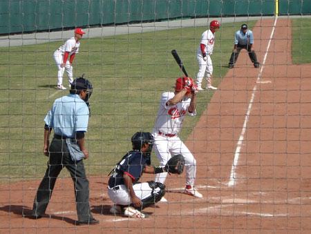 中国棒球4-1击败泰国 为代表团取得亚运开门红