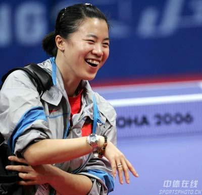 图文:多哈亚运会乒乓球团体赛 王楠获胜喜悦