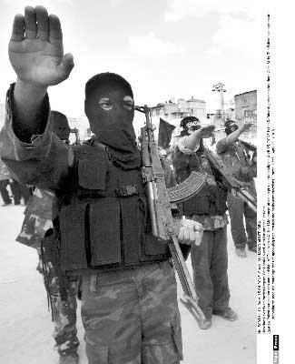 昔日恐怖分子接受招安 出书揭露基地内幕(图)