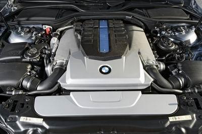 氢动力引领未来BMW Hydrogen 7在柏林问世