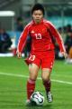 图文:亚运女足赛中国7-0泰国 王丹丹在比赛中