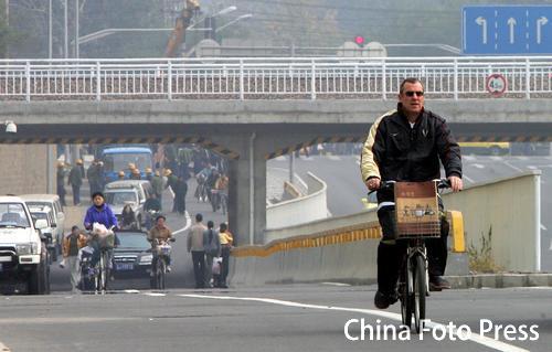 北京:洋教练马赫的幸福生活