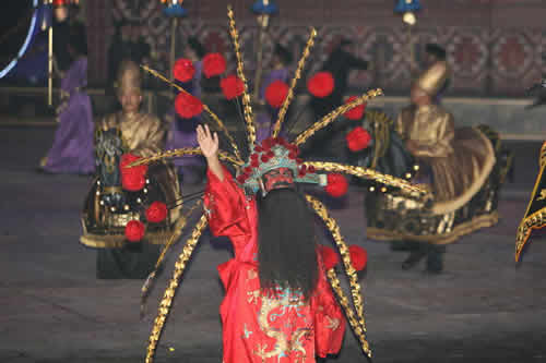 图文:多哈亚运会开幕式 中国国粹京剧引人注目
