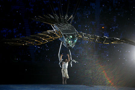 图文:多哈亚运开幕式 大型表演演绎阿拉伯传说