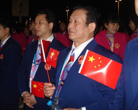 图文:进场前的中国代表团 代表团成员