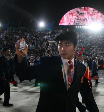 图文:搜狐体育直击开幕式 中国代表团会场留影