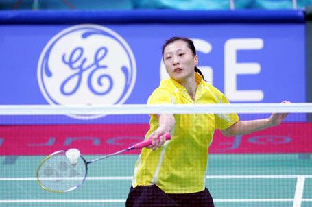 图文:中国羽毛球队迎战老对手 张宁挑战印尼队