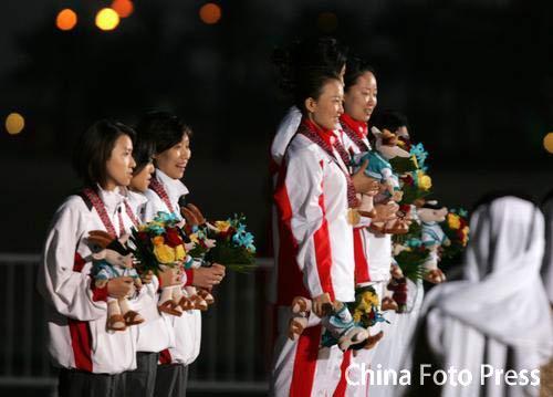 图文:亚运女子10米气步枪团体 中国队勇夺冠军