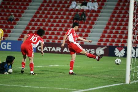 独家图片:中国队3-1马来西亚 周海滨破门瞬间