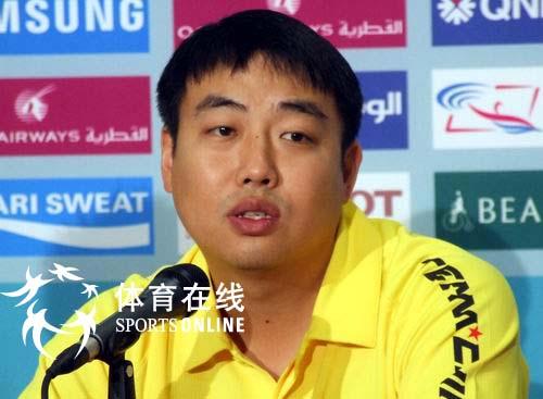 图文:乒乓球男子团体决赛 刘国梁在新闻发布会