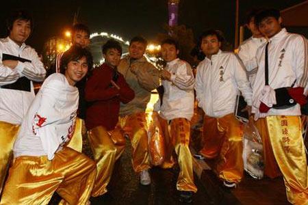 图文:多哈亚运开幕式 来自中国的表演者