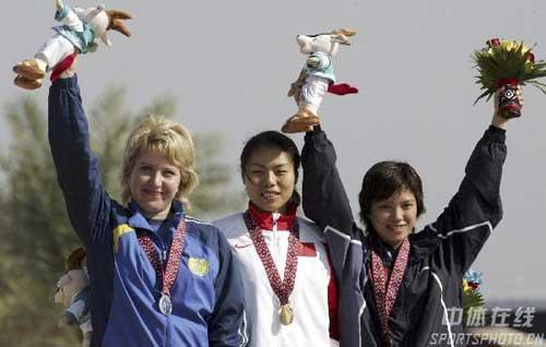 图文:亚运会射击比赛中国队又添两金 冠亚季军