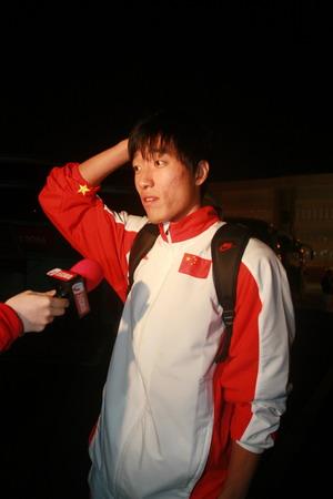 快讯:中国飞人抵达多哈 刘翔正式开始亚运征程