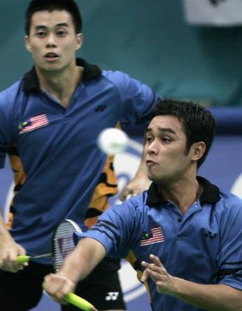 图文:羽球男团半决赛韩国胜 凌文辉菲鲁兹迎战