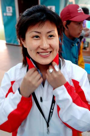 图文:亚运射击女子25米手枪个人赛 陈颖夺冠