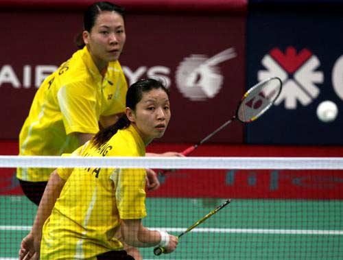 图文:羽毛球女团中国VS日本 杨维张洁雯配合