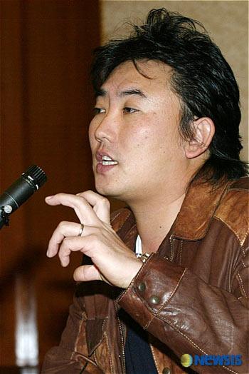 李承哲讲述受恐吓细节 被勒索艺人都有吸毒史