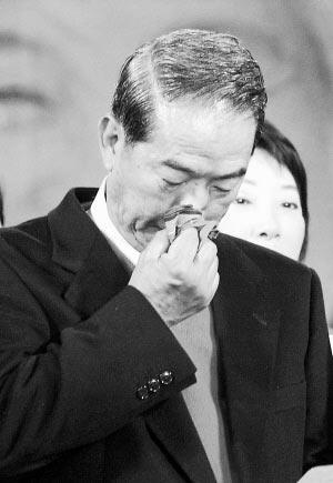 宋楚瑜选战中屡败屡战 时机不合成政治牺牲品