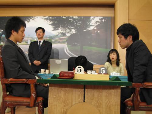 图文:三星杯半决赛继续进行 白洪淅挑战李昌镐