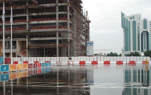 多哈突降罕见大雨 亚运网球男团混双比赛推迟