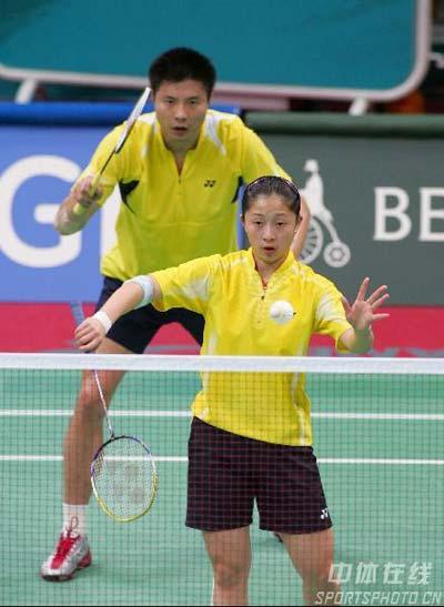 图文:羽毛球混双 谢中博/张亚雯晋级半决赛