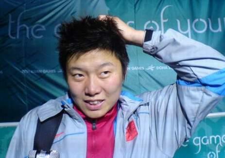 亚洲足球小姐惺惺相惜 泽穗希谦称马晓旭更出色