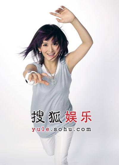 谢娜与河利秀飙舞技 《舞林大会》晋级半决赛