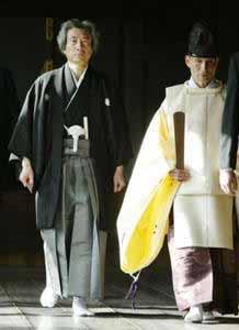 东京小学生询问是否参拜靖国神社 安倍支吾以对