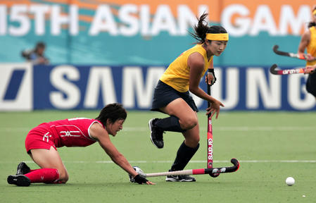 图文:亚运会女子曲棍球 中国队0-3负日本队