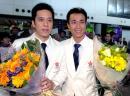 图文:香港乒乓球队凯旋 李静/高礼泽在机场