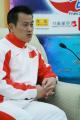 图文:亚运举重冠军张国政做客华奥-搜狐聊天