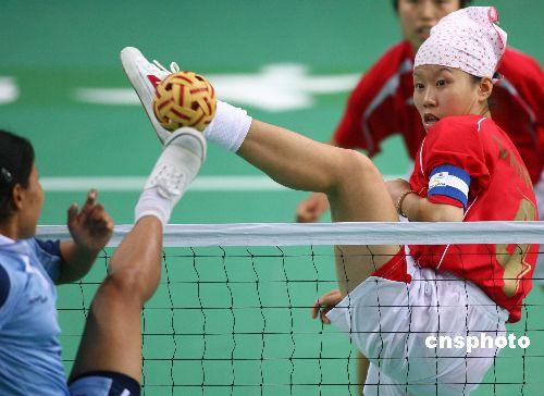 图文:亚运会女子藤球比赛 中国2-0轻取印度