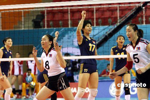 中国女排横扫蒙古晋级四强 三局仅让对手得25分