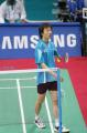 图文:亚运羽毛球男单半决赛 李炫一走下赛场