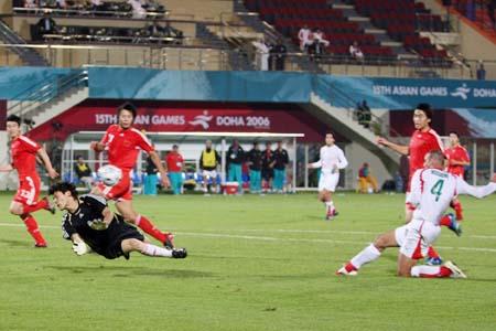 独家图片:点球大战不敌伊朗队 国奥队失球瞬间