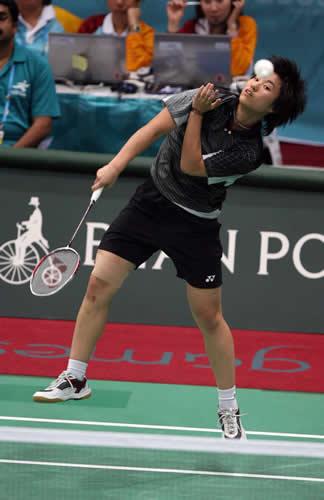独家图片:羽毛球女单比赛 中国香港包揽冠亚军