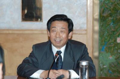 原安徽省委副书记王昭耀称想做坦白从宽典型