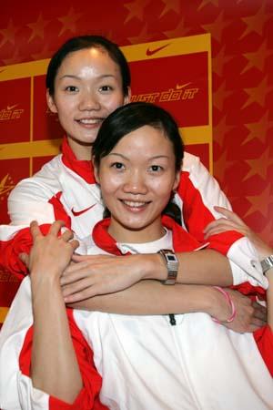 图文:绝对默契的金牌胚子 金牌搭档蒋家姐妹