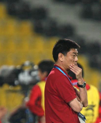 图文:亚运会中国女足1-3朝鲜 马良行略显无奈