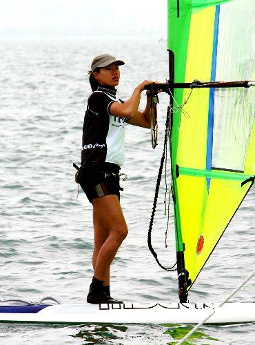 图文:香港选手陈慧琪 亚运滑浪风帆总成绩第二