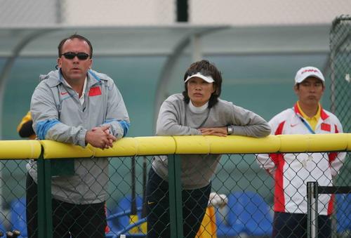 图文:女垒预赛中国4比1领先韩国 津津有味